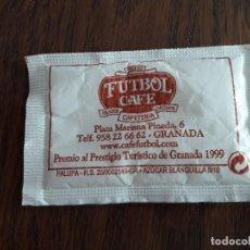 Sobres de azúcar de colección: SOBRECITO DE AZUCAR LLENO, HELADERÍA FUTBOL CAFÉ. GRANADA.. Lote 119720639