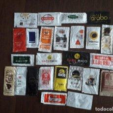 Sobres de azúcar de colección: LOTE DE 25 SOBRES DE AZUCAR VACIOS DE MARCAS DE CAFÉ.. Lote 171143352