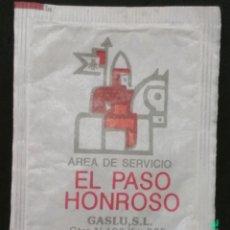 Sobres de azúcar de colección: SOBRE DE AZÚCAR DEL ÁREA DE SERVICIO EL PASO HONROSO DE HOSPITAL DE ORBIGO, LEÓN. CASADO, 10 GR.. Lote 174210432