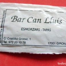 Sobres de azúcar de colección: SOBRE DE AZÚCAR - GIRONA - BAR CAN LLUIS. Lote 195486466