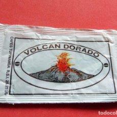 Sobres de azúcar de colección: SOBRE DE AZÚCAR - BARCELONA - VOLCÁN DORADO. Lote 195489080
