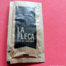 Sobres de azúcar de colección: SOBRE DE AZÚCAR - GIRONA - PALAMÓS - LA FLECA. Lote 195489197