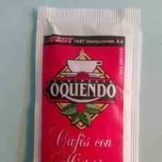 Sobres de azúcar de colección: 1 SOBRE DE AZÚCAR / AZUCARILLO LLENO - CAFES OQUENDO - AÑOS 90 - PEDIDO MÍNIMO. Lote 206954348