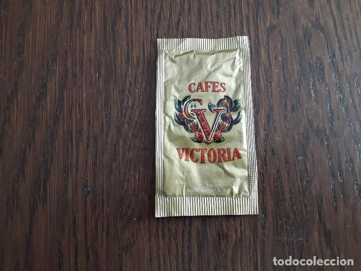 SOBRE DE AZÚCAR VACÍO DE PUBLICIDAD, CAFÉS VICTORIA. (Coleccionismos - Sobres de Azúcar)