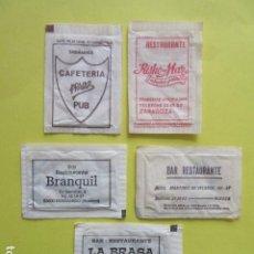Bustine di zucchero di collezione: REF: SA-1234 COLECCION MILES SOBRES AZUCAR SUGAR PACKET LEER INT. 5 UD. SABIÑANIGO HUESCA ZARAGOZA. Lote 243353935