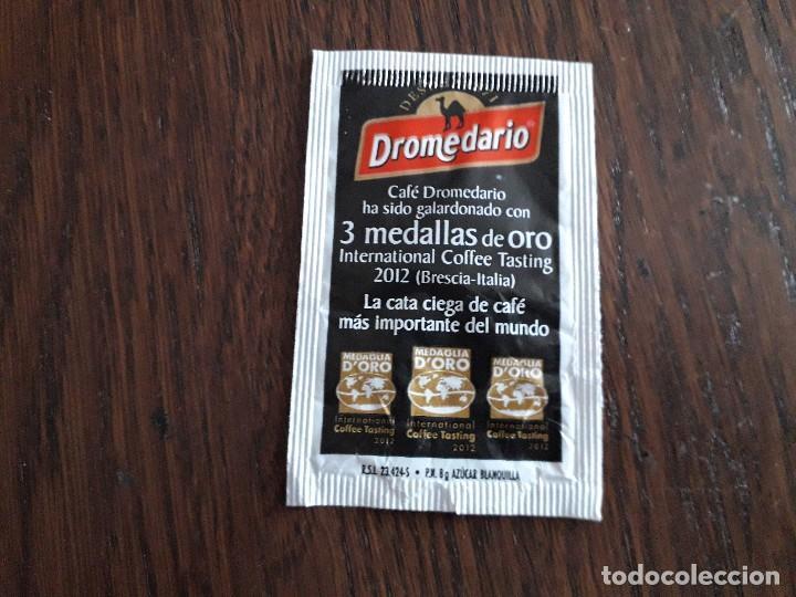 Sobres de azúcar de colección: sobre de azúcar vacío de publicidad, cafés Dromedario, medalla de oro en el coffe tasting 2008 - Foto 2 - 245072080