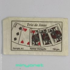 Sobres de azúcar de colección: SOBRE DE AZÚCAR SERIE POKER - TRIO DE JOTAS (AZUL). RAMPE, 7/8 GR.. Lote 245544825