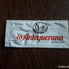 Sobres de azúcar de colección: SOBRE DE AZÚCAR VACÍO DE PUBLICIDAD, MANTECADOS LA ANTEQUERANA, DESDE 1888. MÁLAGA.. Lote 257376170