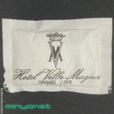 Sobres de azúcar de colección: SOBRE DE AZÚCAR HOTEL VILLA MAGNA - HYATT - MADRID. 10 GR.. Lote 268585989