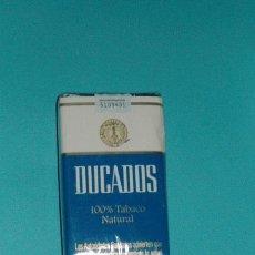 Paquetes de tabaco: PAQUETE DE DUCADOS CON ADVERTENCIA SANITARIA ANTIGUA(NO CARTEL) COLECCIONISMO. Lote 51004046
