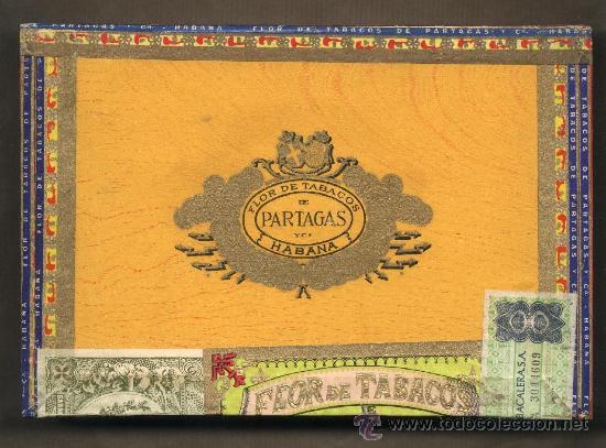 CAJA 25 CIGARROS PUROS HABANEROS.FLOR DE TABACOS DE PARTAGAS.LLENA Y PRECINTADA.PRECINTOS CUBA (Coleccionismos - Paquetes de tabaco)