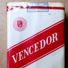 Paquetes de tabaco: 1 ANTIGUA ('60S-'70S) CAJETILLA CON CIGARRILLOS - NUNCA ABIERTA - 'VENCEDOR' (N.º10 - KING SIZE). Lote 237094125