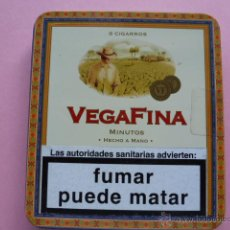 Paquetes de tabaco: CAJA METALICA CIGARROS VEGAFINA 8 CIGARROS. Lote 44689033