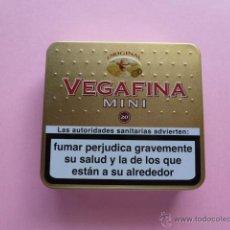 Paquetes de tabaco: CAJA METALICA CIGARROS VEGAFINA MINI. Lote 44689049