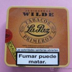 Paquetes de tabaco: CAJA METALICA 20 CIGARROS WILDE.TABACOS LA PAZ 13 X 12 CM. Lote 44689114