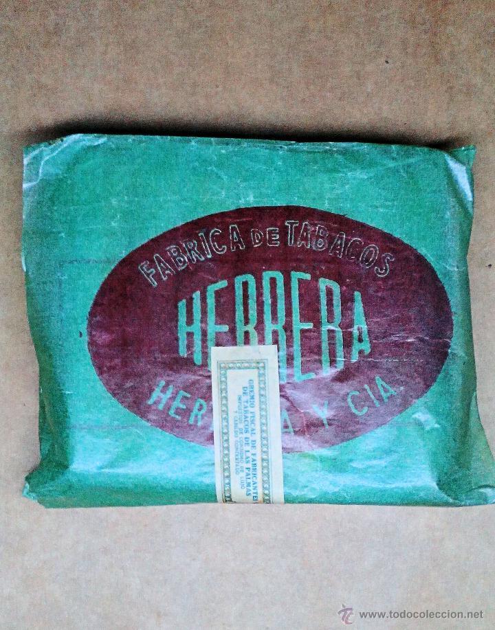 1 ANTIGUA ('60S) CAJETILLA CON CIGARRILLOS - NUNCA ABIERTA - 'HERRERA' (VERDE) (Coleccionismo - Objetos para Fumar - Paquetes de tabaco)