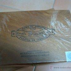 Paquetes de tabaco: CAJA DE PUROS LA FAMA CORONAS(LLENA). Lote 46708938