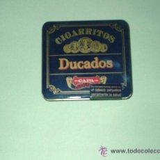 Paquetes de tabaco: ANTIGUO PAQUETE DE TABACO DUCADOS EN LATA METALICA ,...TABACO TIPO PURITOS-. Lote 50926320
