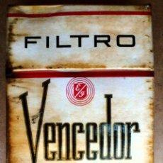 Paquetes de tabaco: 1 ANTIGUA ('60S-'70S) CAJETILLA CON CIGARRILLOS - NUNCA ABIERTA - 'VENCEDOR' (Nº100 FILTRO - DURA). Lote 58481704