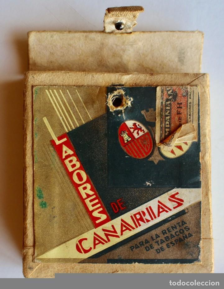 Paquetes de tabaco: CURIOSO PAQUETE DE CIGARRILLOS ELEGANTES, TRANSFORMADO PARA LLEVAR MAQUINILLA DE AFEITAR - Foto 3 - 80288613