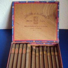 Paquetes de tabaco: (PU-170457)LA FLOR DE LA ISABELA CAJA CON 17 CORONAS LARGAS TABACO DE FILIPINAS MANILA / EMPEZADA. Lote 83364212