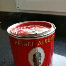 Paquetes de tabaco: LATA DE TABACO PRINCE ALBERT. Lote 84413944