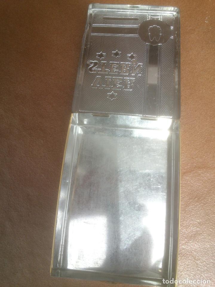 Paquetes de tabaco: Antigua caja de cigarros metalica Vier Stern Sumatra - Foto 2 - 87099220