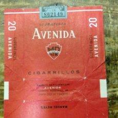 Paquetes de tabaco: PAQUETE DE TABACO VACÍO - AVENIDA. Lote 93341490
