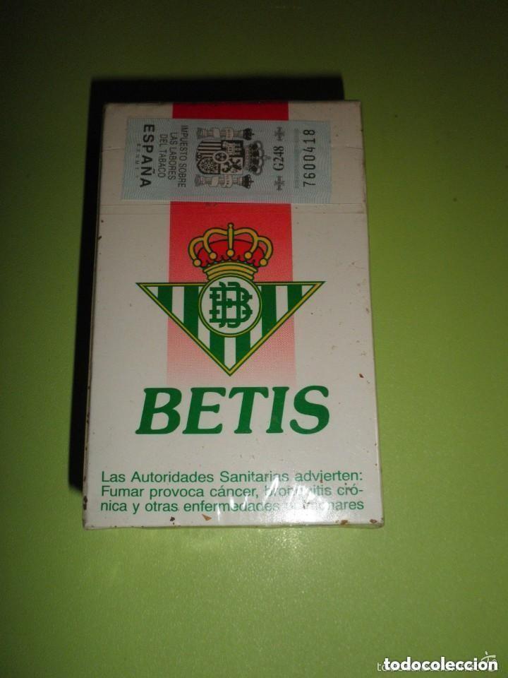 Paquetes de tabaco: PAQUETE TABACO REAL BETIS BALOMPIÉ NUEVO PRECINTADO COLECCIÓN FÚTBOL CIGARROS - Foto 2 - 93951495