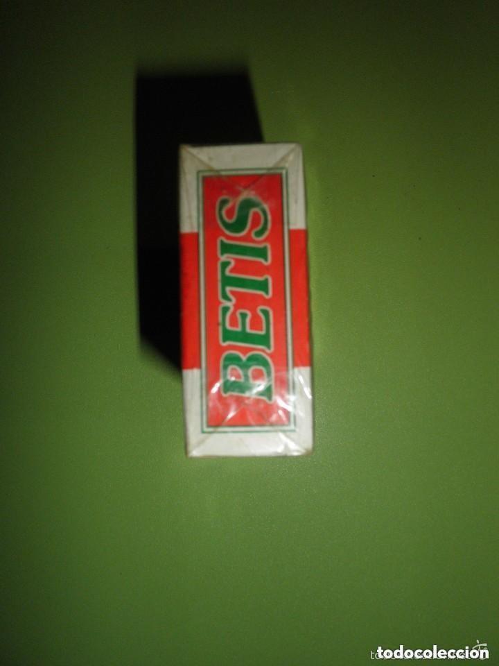 Paquetes de tabaco: PAQUETE TABACO REAL BETIS BALOMPIÉ NUEVO PRECINTADO COLECCIÓN FÚTBOL CIGARROS - Foto 5 - 93951495