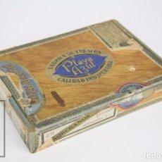 Paquetes de tabaco: CAJA VACÍA DE 25 PUROS TABACO - PLAYA AZUL. 25 SOBERANOS. HERRERA Y HERNÁNDEZ - SANTANDER - RAREZA. Lote 95814523
