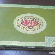 Paquetes de tabaco: CAJA DE PUROS. LA FLOR DE CANO. CAJA CON 15 PUROS. PETIT CORONAS. AÑOS 80. VER FOTOS. Lote 99711067