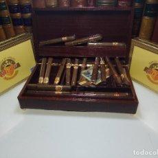 Paquetes de tabaco: GRAN LOTE COMPUESTO POR DOS CAJAS DE PUROS ALVARO CERRADOS, 25 SALUDOS + 25 DON ALVAROS Y MUCHO MAS. Lote 109895443