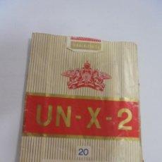 Paquetes de tabaco: PAQUETE DE TABACO. MARCA UN - X - 2. RUBIOS LARGOS CON FILTRO. VACIO. VER FOTOS. Lote 112850167