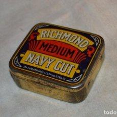 Paquetes de tabaco: ANTIGUA Y VINTAGE - CAJA METÁLICA PICADURA DE TABACO - RICHMOND MEDIUM NAVY CUT - HAMBURG - HAZ OFER. Lote 119140647