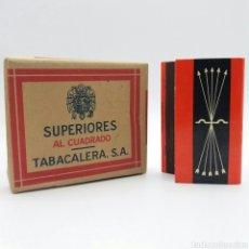 Paquetes de tabaco: PAQUETE DE CIGARRILLOS SUPERIORES AL CUADRADO TABACALERA + CERILLAS FALANGE ESPAÑOLA DE LAS JONS. Lote 124219440
