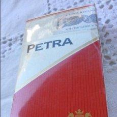 Paquetes de tabaco: PAQUETE PETRA. Lote 128884115