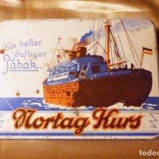 Paquetes de tabaco: LATA DE TABACO SUELTO, AÑO 1930 NORTAG KURS,. Lote 129613851