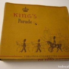 Paquetes de tabaco: KING'S PARADE, ANTIGUA CAJETILLA DE 20 CIGARRILLOS . VACIA.. Lote 146552794