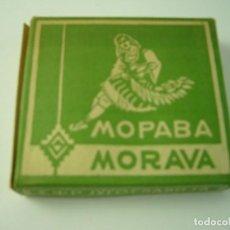 Paquetes de tabaco: MOPABA -MORAVA, ANTIGUA CAJETILLA DE 20 CIGARRILLOS . VACIA.. Lote 146555434