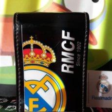 Paquetes de tabaco: PITILLERA CON SOLAPA PARA EL TABACO DEL REAL MADRID NEGRA. Lote 152477542