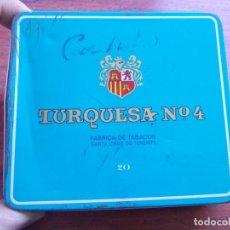 Paquetes de tabaco: CAJA METÁLICA TURQUESA Nº 4 FÁBRICA DE TABACOS SANTA CRUZ DE TENERIFE, TIENE VARIAS ABOLLADURAS. Lote 155923590