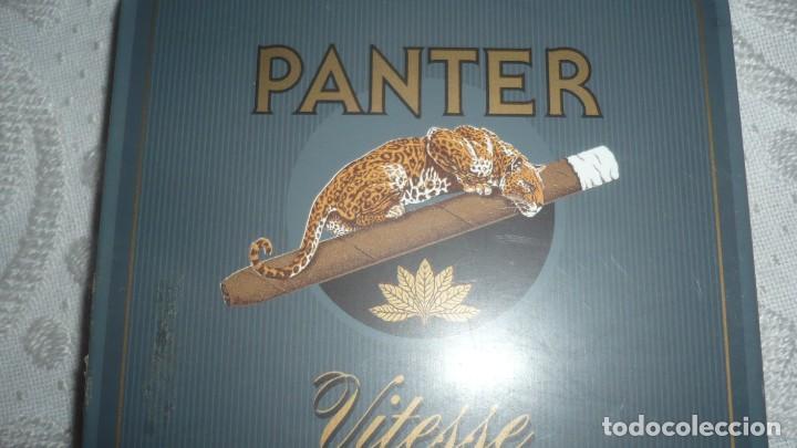 Paquetes de tabaco: Caja Panter Vitesse de cigarros de metal - Foto 2 - 166181502