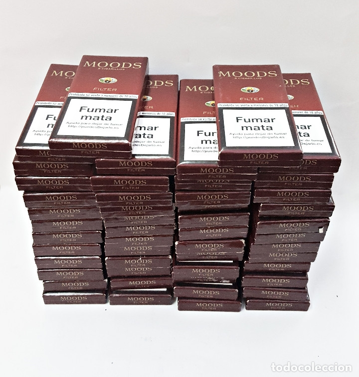 LOTE DE 50 CAJETILLAS VACIAS DE 5 CIGARRILLOS MOODS. (Coleccionismo - Objetos para Fumar - Paquetes de tabaco)