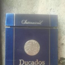 Paquetes de tabaco: ANTIGUOS PAQUETES DE TABACO - DUCADOS - INTERNACIONAL Y DE LUJO - DE TABACALERA, S. A. - ESPAÑA. Lote 187308401
