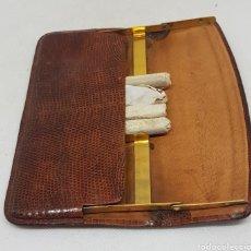 Paquetes de tabaco: ANTIGUA PITILLERA PIEL - CAR169. Lote 191841482