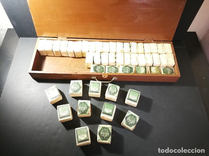 CAJA COMPLETA ÉPOCA PAPEL PICADO FINO SUPERIOR 48 PAQUETES TABACO SIN ABRIR 50 GRAMOS TABACALERA (Coleccionismo - Objetos para Fumar - Paquetes de tabaco)
