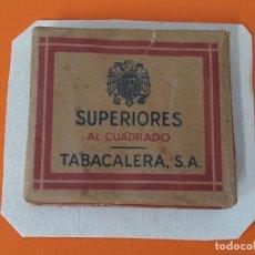 Paquetes de tabaco: PAQUETE, TABACO - SUPERIORES AL CUADRADO - SIN ABRIR - PEGADO EN UN CARTON DURO ... L1674. Lote 212963256