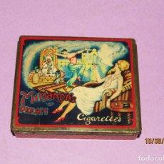 Paquetes de tabaco: ANTIGUA CAJA EN HOJALATA LITOGRAFIADA DE CIGARRILLOS MIRANDA'S DREAM. Lote 214357397