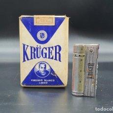 Paquetes de tabaco: ANTIGUA CAJETILLA CON CIGARRILLOS NUNCA ABIERTA KRUGER Y MECHERO DE GASOLINA. Lote 218762181